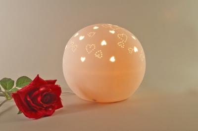 Tischlampe, Tischleuchte, Porzellan, Deko, Licht, Durchbrüche, Herz, rund, Ø21cm - 1