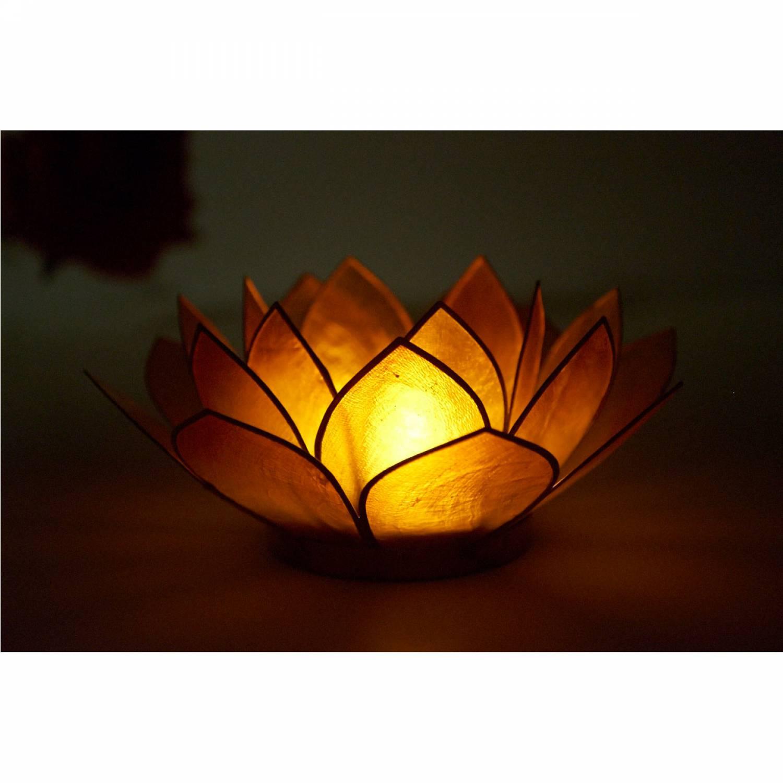 Lotosblüte, filigraner Teelichthalter, Windlichthalter goldgelb, transparente Capiz-Muschel - 3