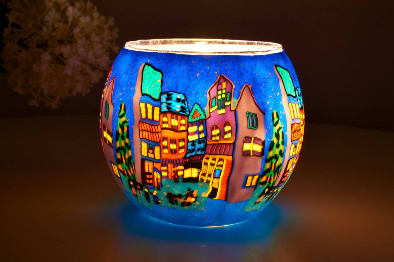 Leuchtglas 21809 Winterliche Stadt Ø11cm Deko Teelichthalter Windlicht Kerzenfarm - 2